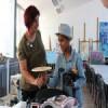 Десетогодишњи авганистанац Фархад Нури у посети Ликовном атељеу ДКЦБ